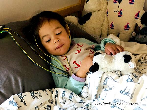 Kid improving its sleep with neurofeedback