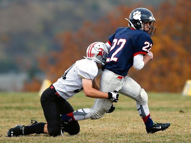 football-concussion.jpeg